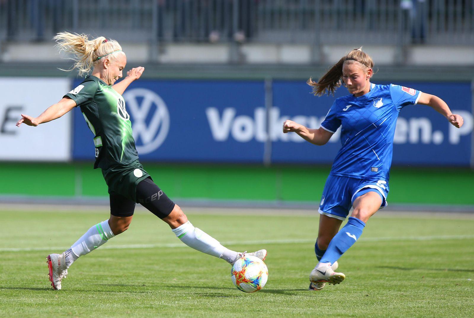 Wolfsburg vs Hoffenheim Frauen Wolfsburg Deutschland 15 09 2019 FUßBALL VfL Wolfsburg vs TSG 18