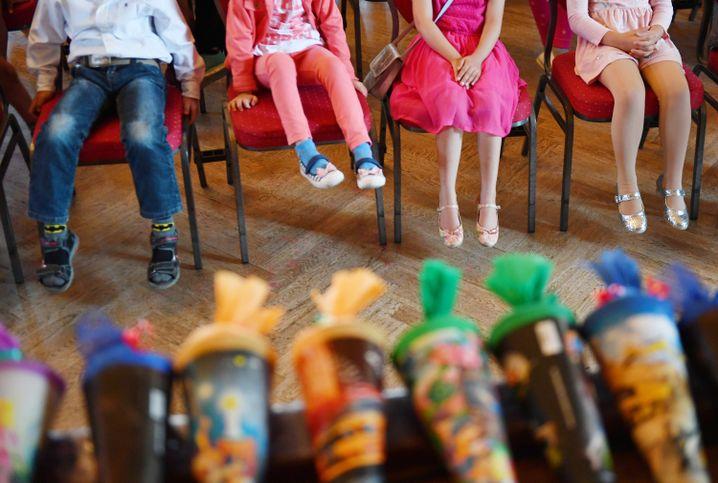 Gesponserte Schultüten für arme Schulanfänger in Dresden