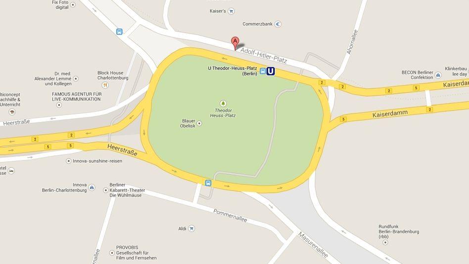 This Google Maps screenshot from Jan. 9 identifies Theodor-Heuss-Platz with its former name: Adolf-Hitler-Platz.