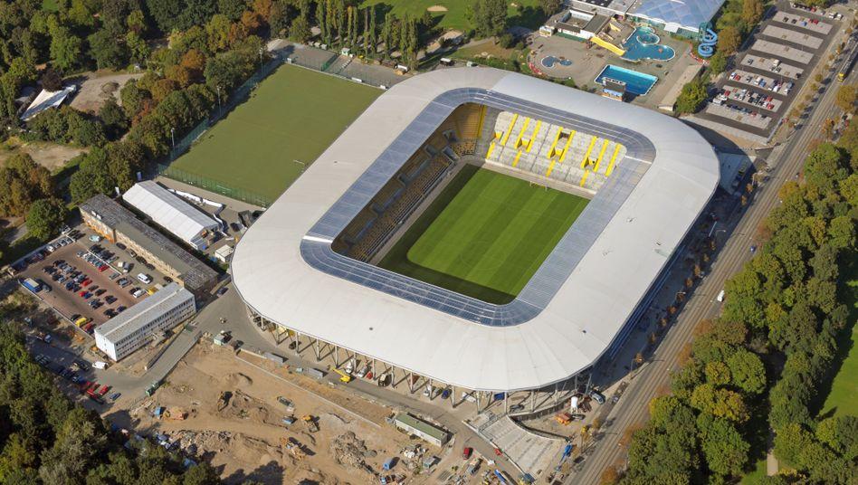Rudolf-Harbig-Stadion (9. September 2009): Arena mit allen Annehmlichkeiten