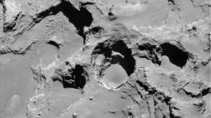 Tschuri: Der löchrige Komet