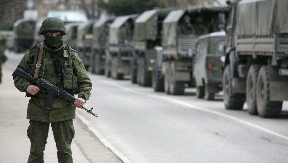 """Russisches Militär an ukrainischem Grenzposten: """"Völkerrechtlich nicht zu rechtfertigen"""""""