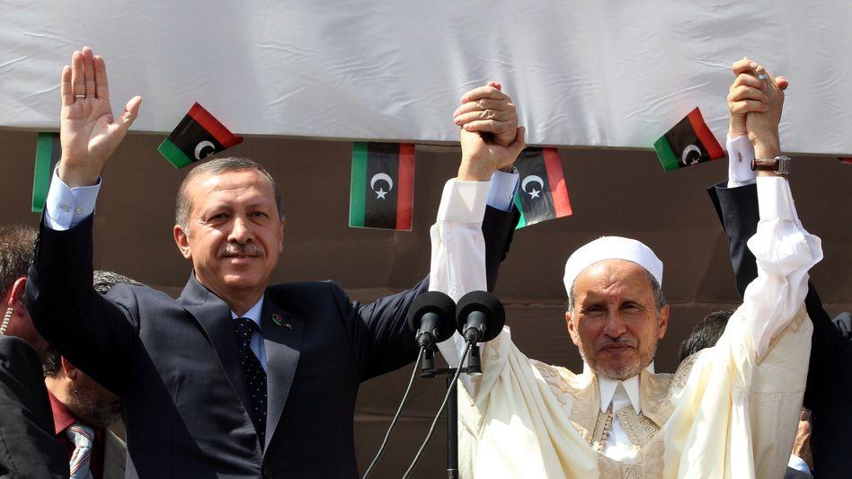 """Erdogan und Dschalil: """"Hand in Hand, Seite an Seite"""""""