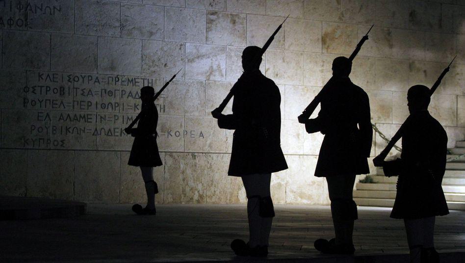 Griechische Präsidentenwache: Neue Bewegung in der Regierungskrise