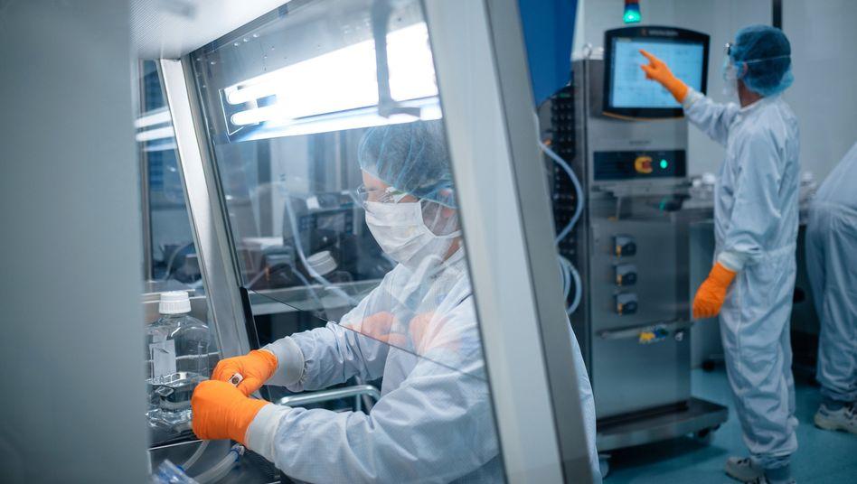 In den Labors vonBiontech, wo einer der RNA-Impfstoffkandidaten gegen das Sars-CoV-2-Virus hergestellt wird