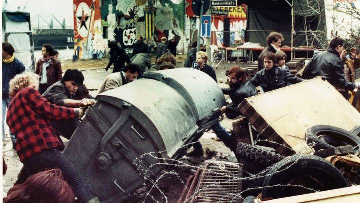 Hamburg in den Achtzigern: Bauwagen und brennende Barrikaden