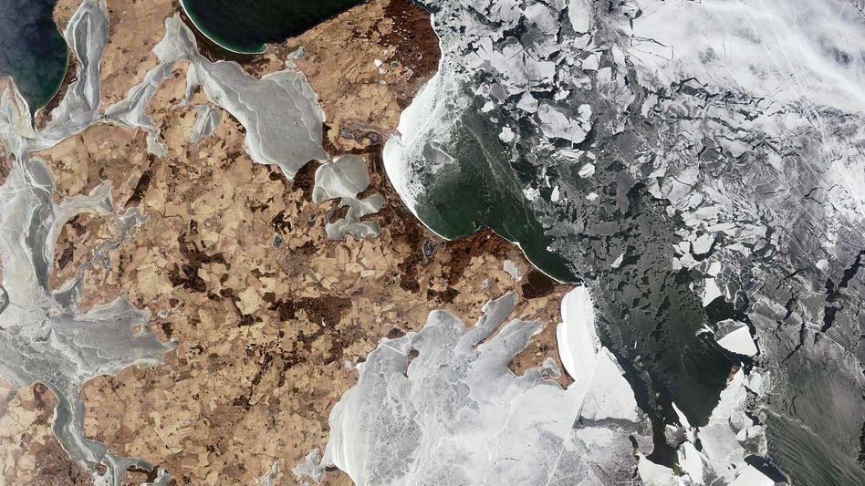Eisige Aussichten: Weiße Kronen auf Rügen