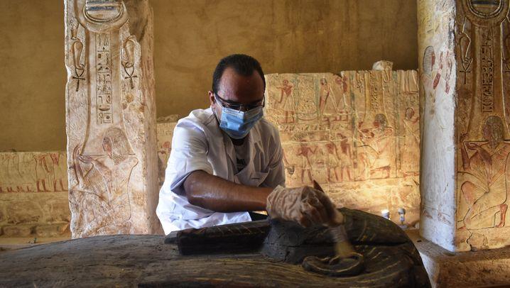 Ausgrabungen in der altägyptischen Totenstadt Sakkara bei Kairo