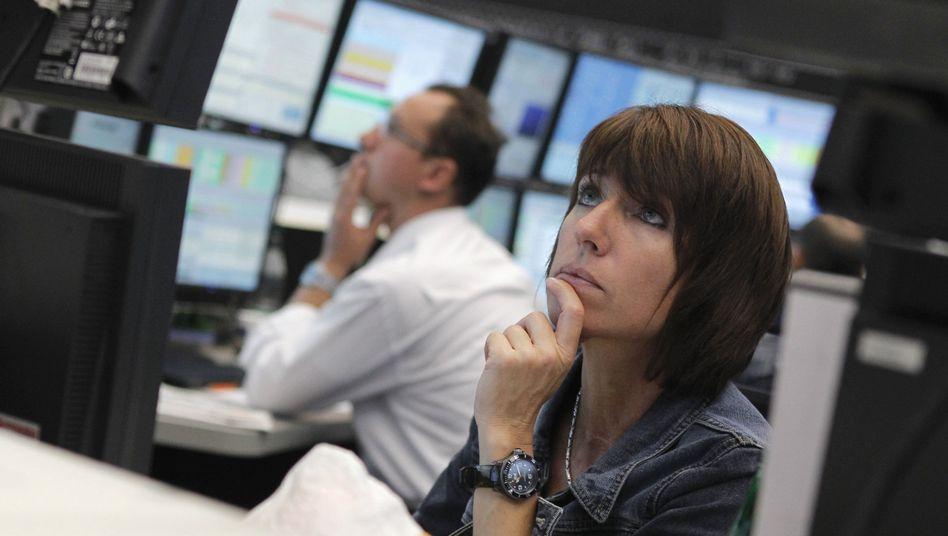 Börsenhändler in Frankfurt am Main: Angst vor einer tiefen Rezession