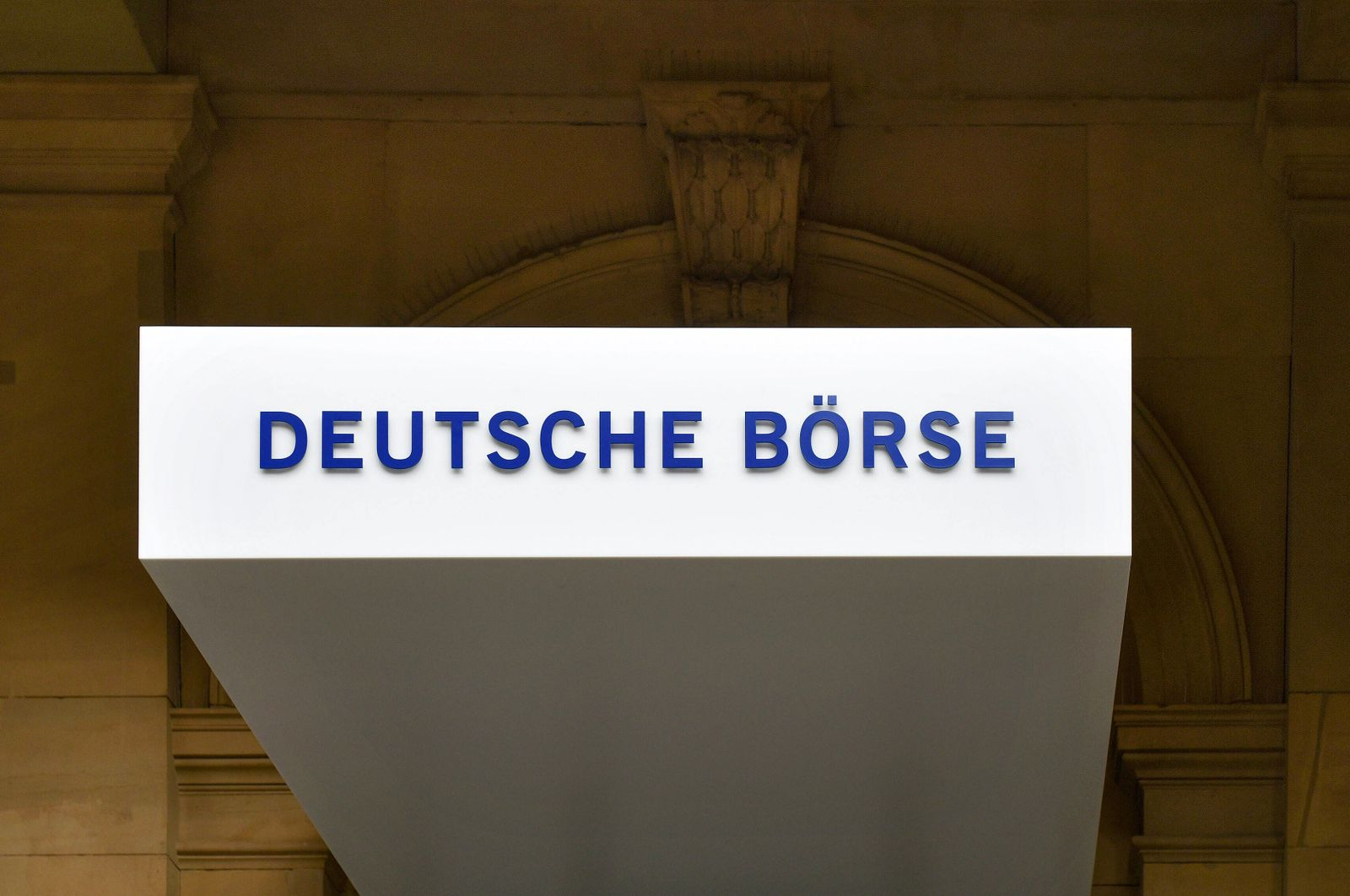 xblx, Deutsche B?rse in Frankfurt, Wertpapierhandel Frankfurt am Main *** xblx, Deutsche B?rse in Frankfurt, Securities