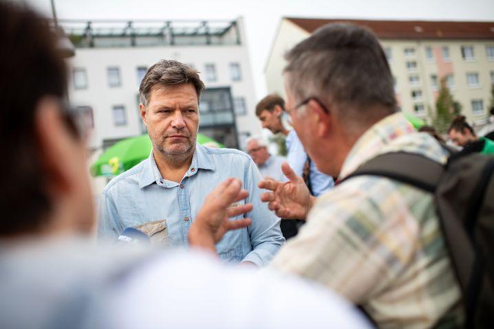 Grünen-Chef Habeck im Landtagswahlkampf im brandenburgischen Rathenow