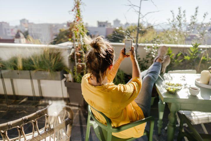 Balkon für Vielbeschäftigte: Es muss keine Betonwüste sein