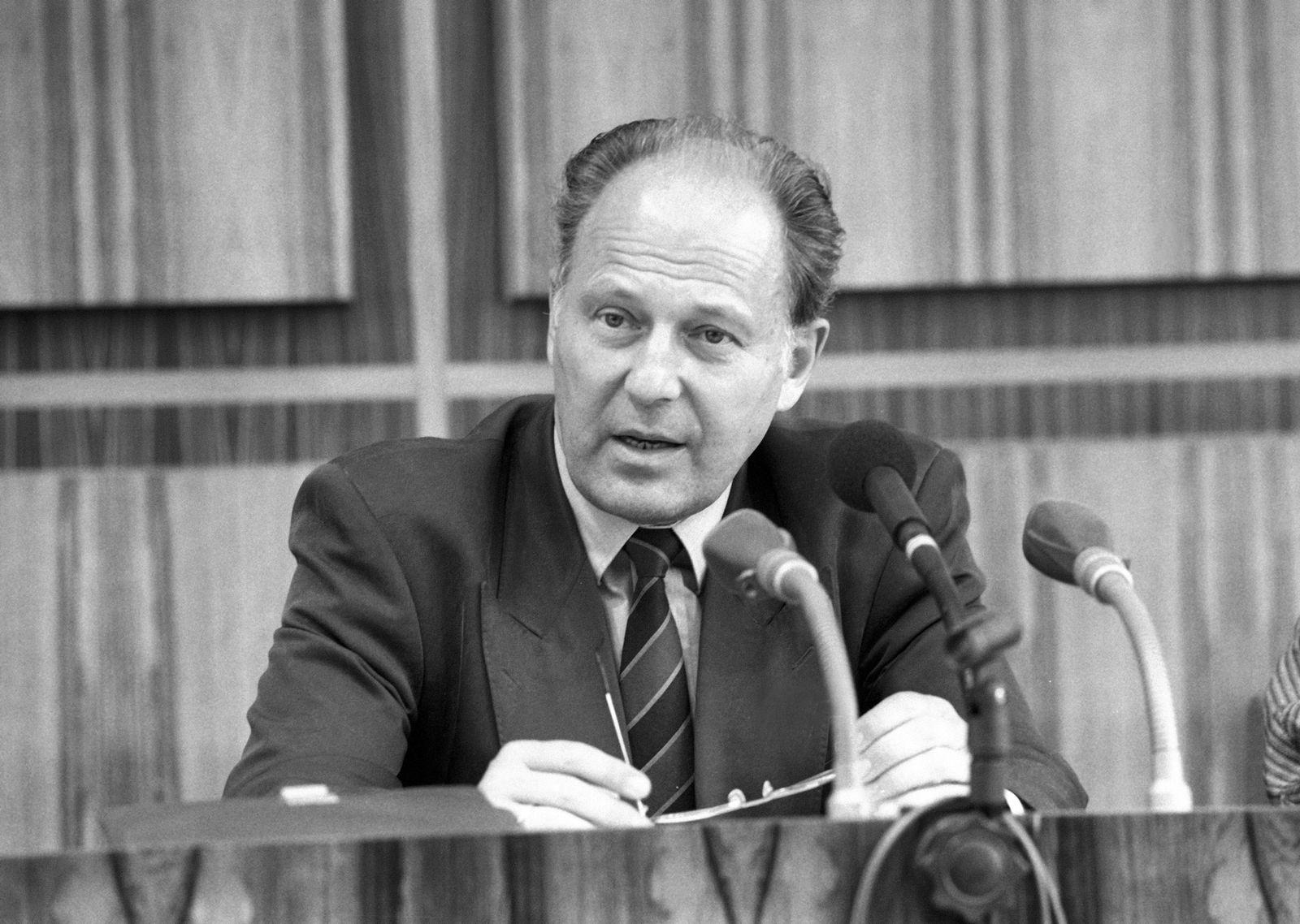 EINMALIGE VERWENDUNG Jürgen Warnke