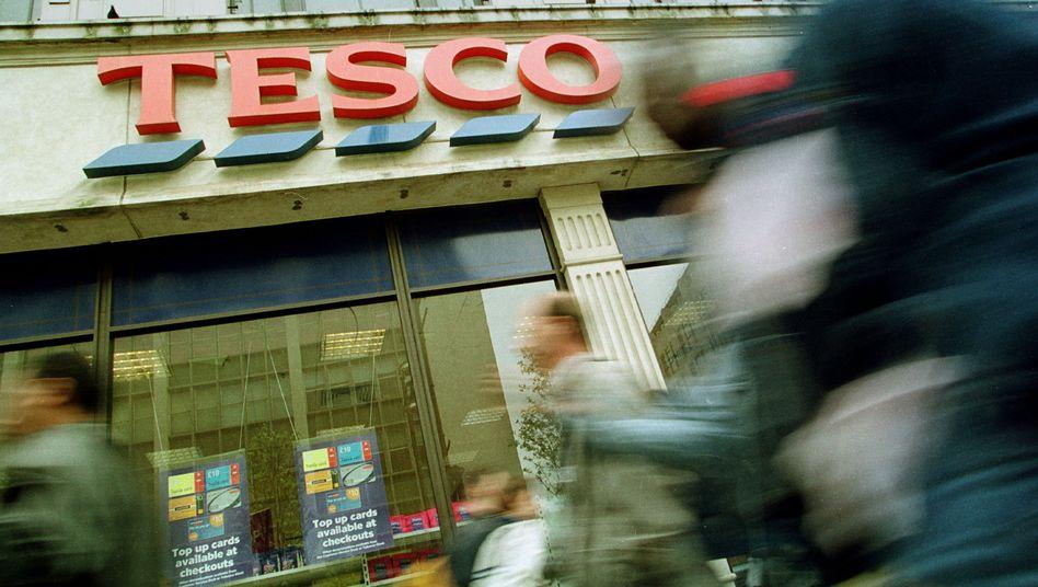 """Filiale des britischen Einzelhändlers Tesco: """"Ein sehr schlechtes Jahr"""""""
