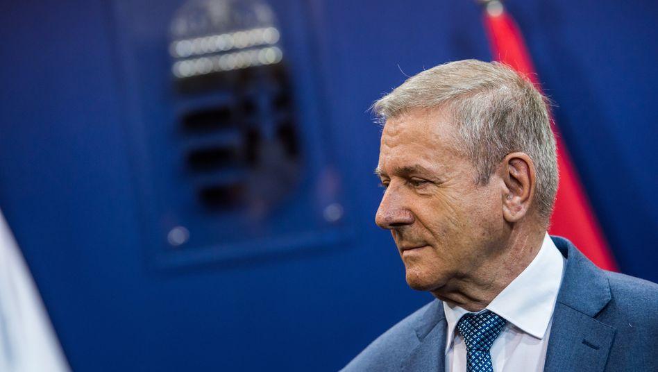 Ungarns Verteidigungsminister Tibor Benko: Absichtserklärung über Kauf unterschrieben