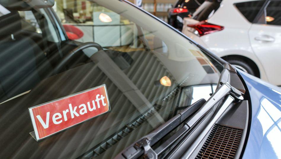 Auto bei einem Händler in Frankfurt (Oder) 2018: Dem Druck einzelner Branchen nicht nachgeben