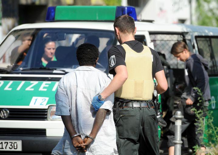 """Einsatz gegen Drogendealer im Görlitzer Park in Berlin (2011): """"Tätergruppen aus bestimmten Destinationen"""""""