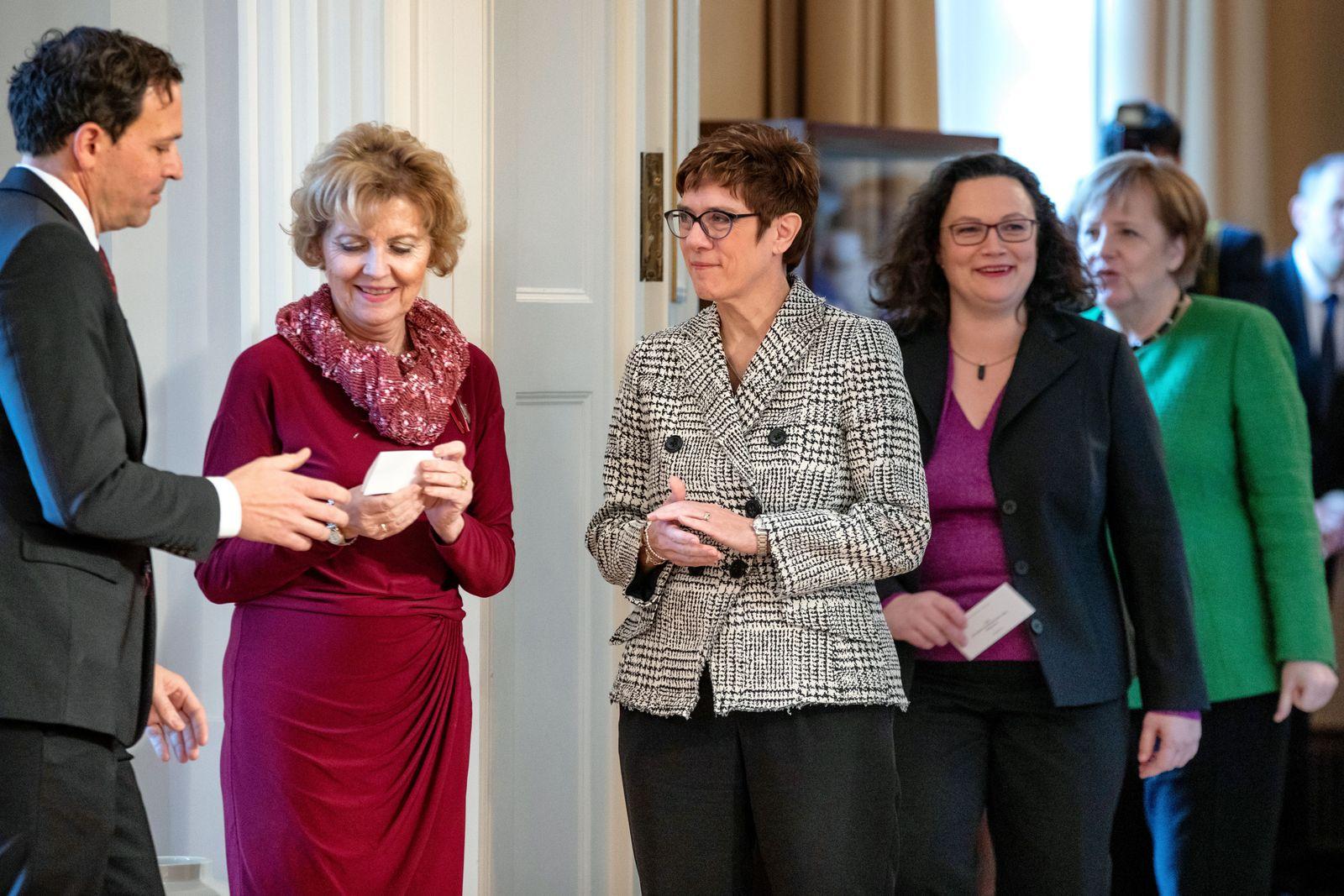 Annegret Kramp-Karrenbauer/ Andrea Nahles/ Angela Merkel
