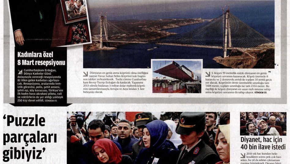 """Titelseite der Sonntagsausgabe von """"Zaman"""""""