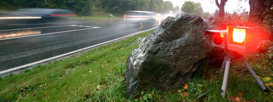 Tempomessanlage: Wer in der Schweiz zu schnell fährt, kann sein Auto verlieren