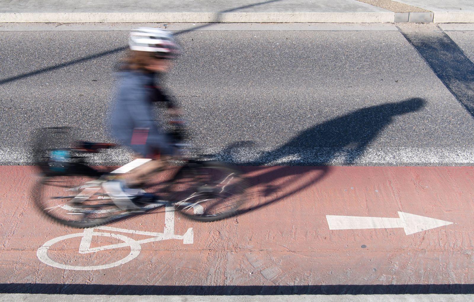 Kampagne für Fahrradhelme