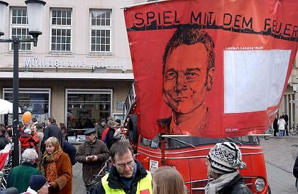 """Protest gegen Verleger Lensing-Wolff: Keine Alternative zur """"Notoperation""""?"""