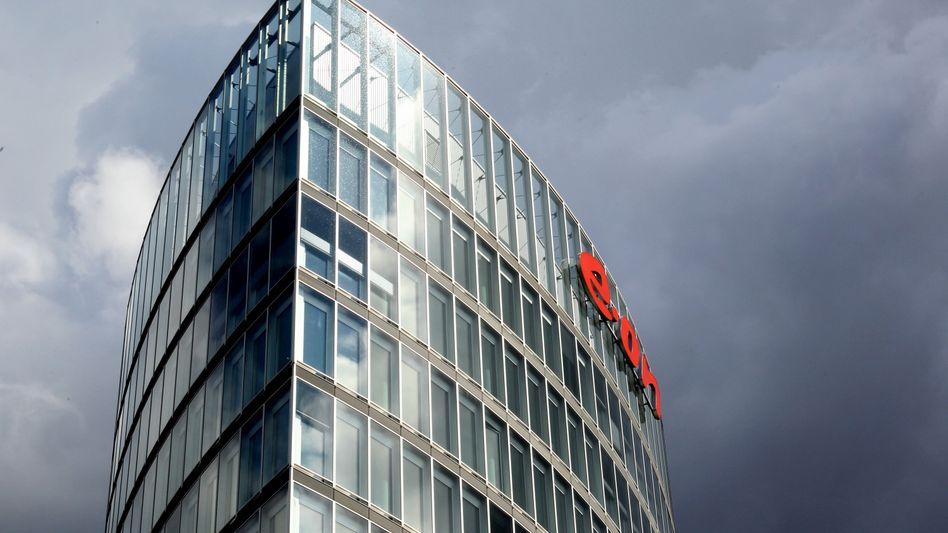 E.on-Zentrale in Essen: Noch vier Stufen über dem Ramschbereich