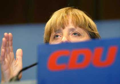 CDU-Chefin Merkel: Gewundende Erklärungen