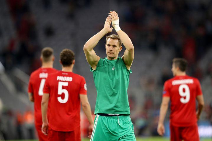 Er steht im Mittelpunkt: Manuel Neuer