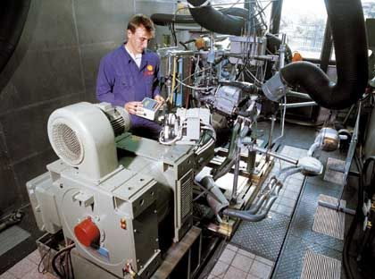 Messstand für Abgaswerte: Vorteile bei der Schadstoffemission, Nachteil bei der Stickstoffemission