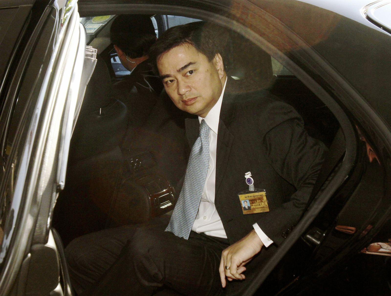 THAILAND/ Premier Abhisit