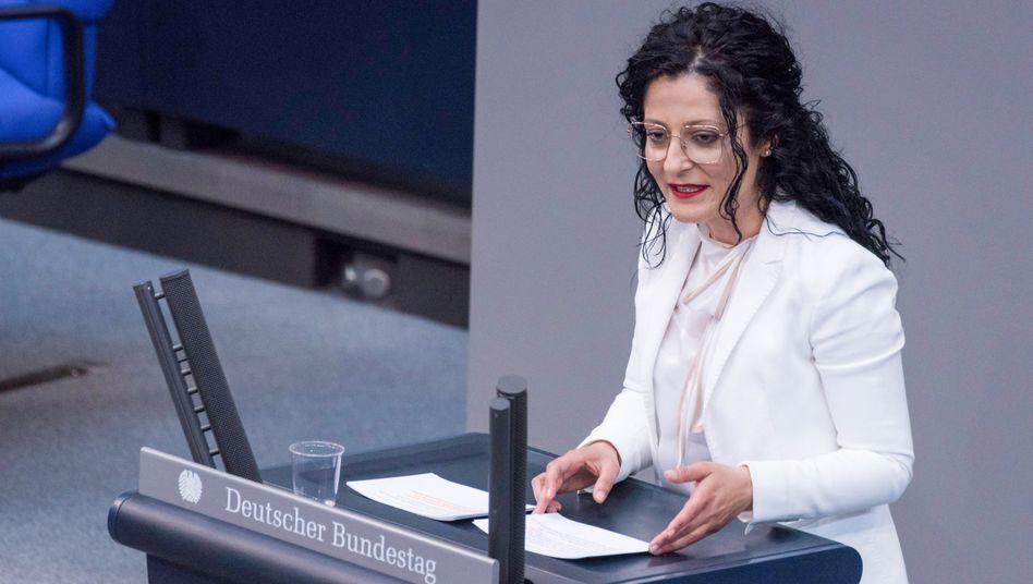 """SPD-Bundestagsabgeordnete Cansel Kiziltepe: """"Es gibt einen grundgesetzlichen Auftrag, die Gleichberechtigung der Geschlechter dort aktiv umzusetzen, wo sie noch nicht verwirklicht ist. Das ist beim Wahlrecht der Fall"""""""