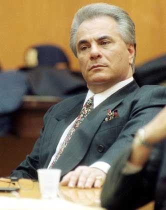 Mafia-Boss Gotti (bei seiner Gerichtsverhandlung 1990): Kopf der mächtigen Gambinos