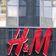 H&M will angeblich vor allem junge Mütter entlassen