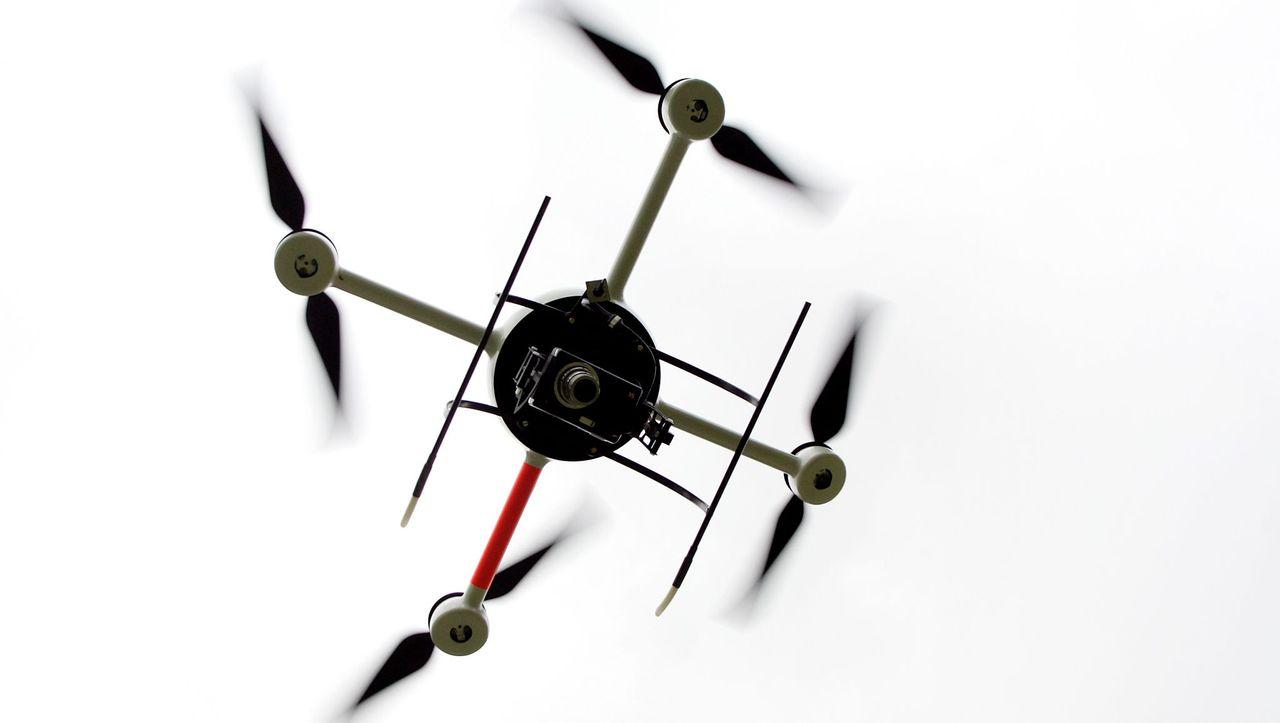 Lockdown-berwachung-in-Frankreich-Datenschutzbeh-rde-verurteilt-Drohneneinsatz