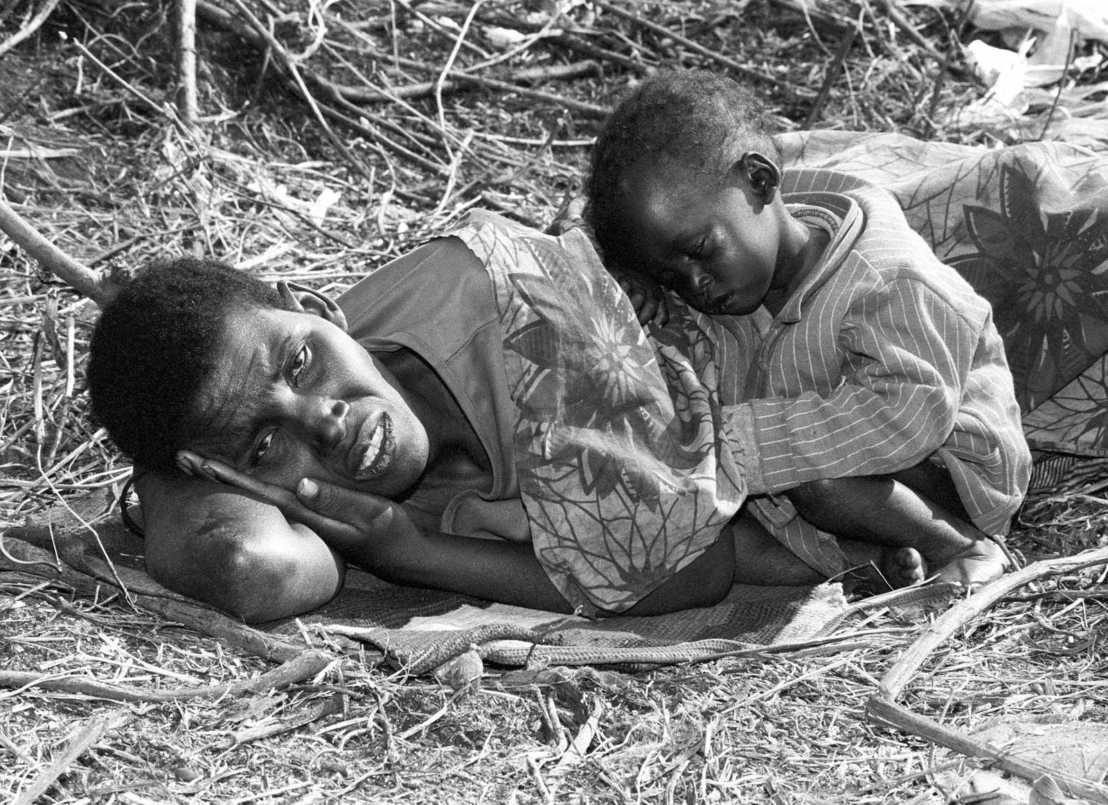 Frau und Kind in Goma / Zaire