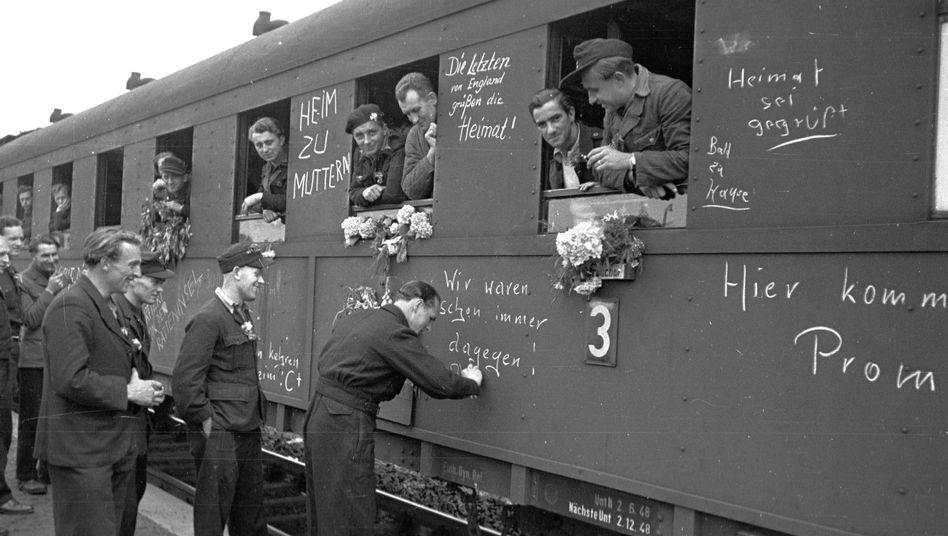 """Deutsche Kriegsheimkehrer im August '48: """"Erlebnisbedingte Störungen"""""""