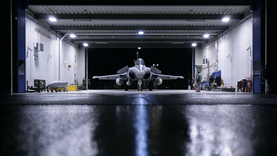 France's Dassault beat EADS on Tuesday in a bid to negotiate the sale of its Rafale fighter jet (pictured here) to India.