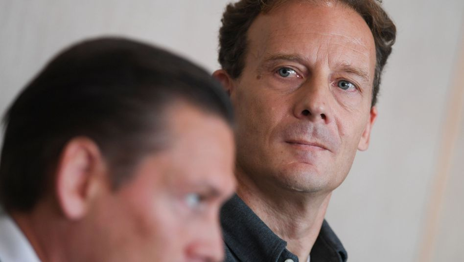 Angeklagter Falk (r.) am 21. August vor Gericht:
