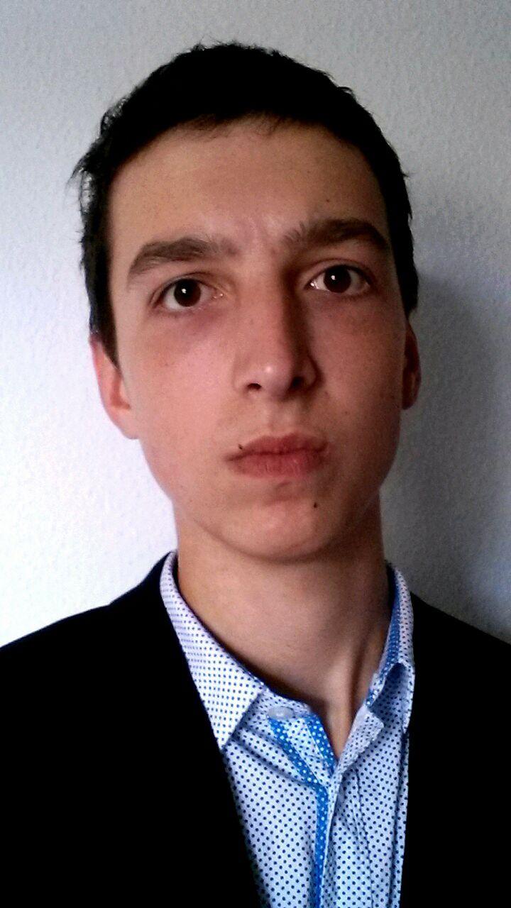 EINMALIGE VERWENDUNG Zur Person Erik Dabbert