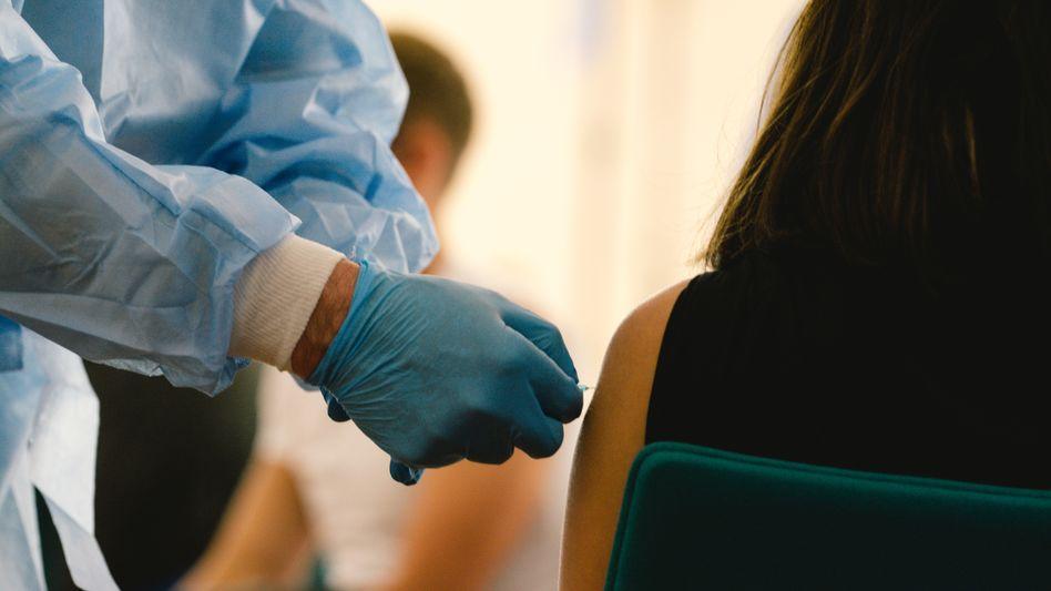 Coronaimpfung in Köln: Die Stiko hat ihre Impfempfehlung geändert