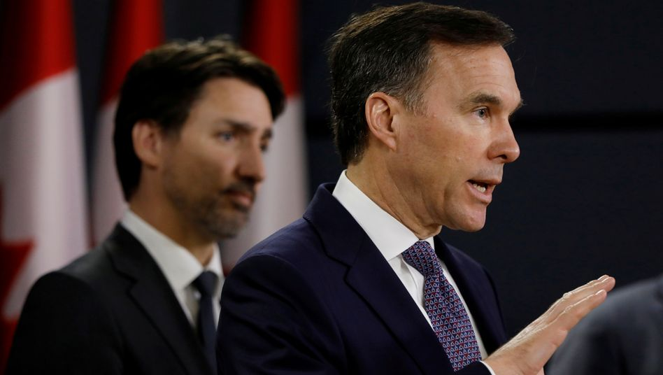 """Bill Morneau und Premierminister Justin Trudeau (im März): """"Zeit für einen neuen Finanzminister"""""""