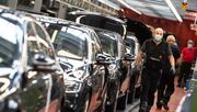 50.000 Protest-Postkarten gegen Daimlers Sparkurs