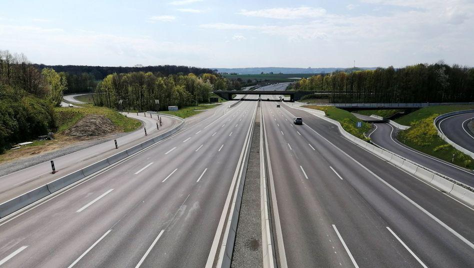 Allein der Verkehr verursachte 40 Prozent weniger Emissionen