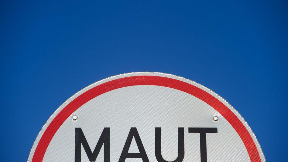 Hinweisschild für Straßenmaut für den Zubringer nach Rügen