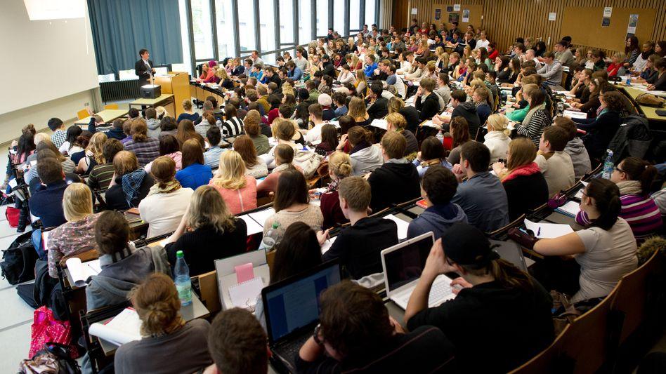 Hörsaal einer deutschen Uni: Marokkanische Studenten willkommen?