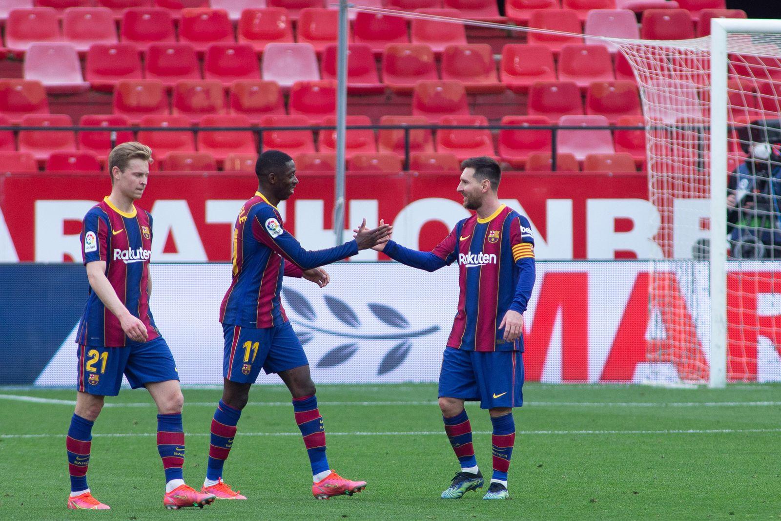 FOOTBALL - SPANISH CHAMP - SEVILLA FC v FC BARCELONA