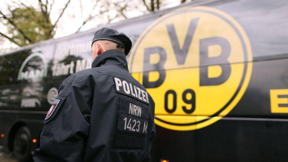 Der BVB-Mannschaftsbus