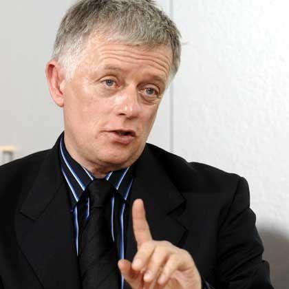 """Fritz Kuhn, Vorsitzender der Bundestagsfraktion von Bündnis '90/Die Grünen: """"Entschuldigung vom Oettinger ist in Ordnung"""""""
