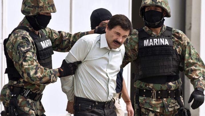 """Drogenboss Guzmán: """"El Chapo"""" in Handschellen"""